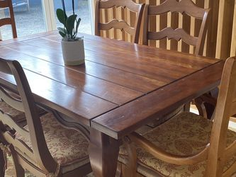 High End Gorgeous Dining Set For 8 for Sale in San Diego,  CA