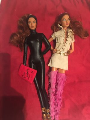 "Barbie ! Christian Louboutin ""cat burglar"" limited edition of 7.700 pieces for Sale in SUNNY ISL BCH, FL"