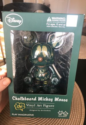 DISNEY Collectible Art Figure for Sale in Fairfield, OH