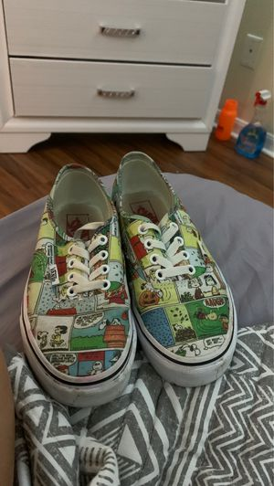 Vans Snoopy designed for Sale in Kissimmee, FL