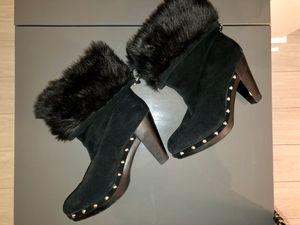 Micheal Kors black boots size 8 for Sale in Atlanta, GA