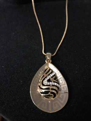 gold plated neckless for Sale in San Antonio, TX