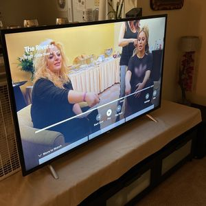 55 Inch TCL/Roku TV for Sale in Hyattsville, MD