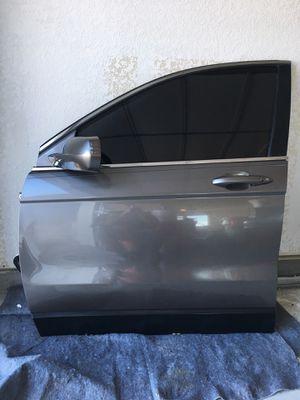 Honda CRV Driver Left Front Door Fits 07-11 w/ Glass, mirror, No plastic inner door panel for Sale in Pflugerville, TX