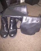 Black boots black bag. for Sale in Philadelphia, PA