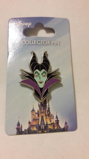 Disney Jerry Leigh pin Maleficant MINT on card for Sale in Fort Lauderdale, FL