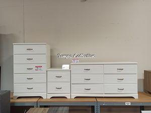 Dresser & 5 Drawer Chest & Nightstand, White, SKU# ASHB102-314692TC for Sale in Santa Fe Springs, CA