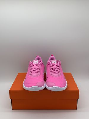 Nike Flex Experiences Run Pink Women's Size: 6.5 for Sale in Oakland, CA