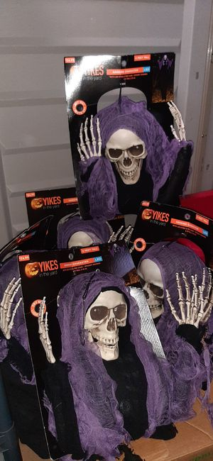 New Halloween Prop Hanging Skeleton Reaper Light up and sound activated for Sale in Gardena, CA