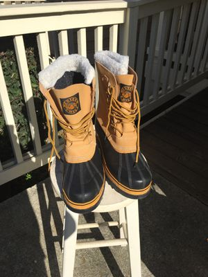 Size 13. Snow/rain boots. for Sale in Oakland, CA