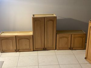 Wood kitchen cabinets great condition for Sale in Delray Beach, FL