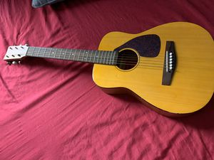 YAMAHA FG-Junior Guitar with Case for Sale in Brooklyn, NY