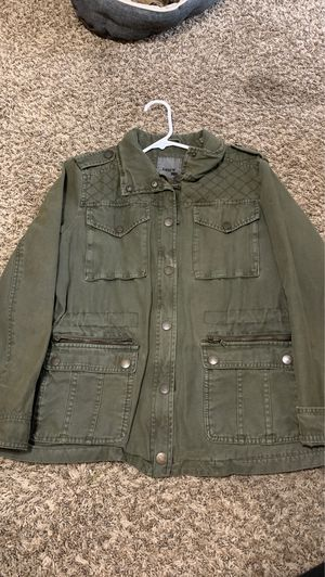 LEVI'S ARMY GREEN JACKET for Sale in Germantown, MD