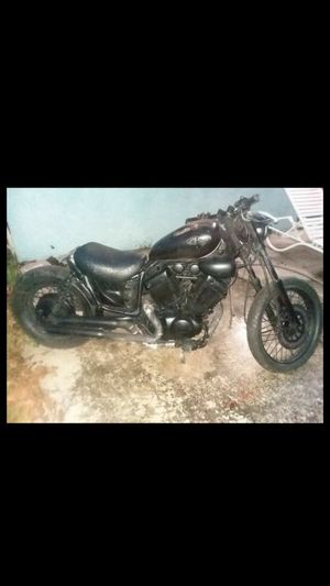 Yamaha 600 motorcycle for Sale in Pompano Beach, FL