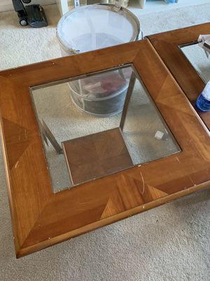 Side table and coffee table for Sale in Ashburn, VA