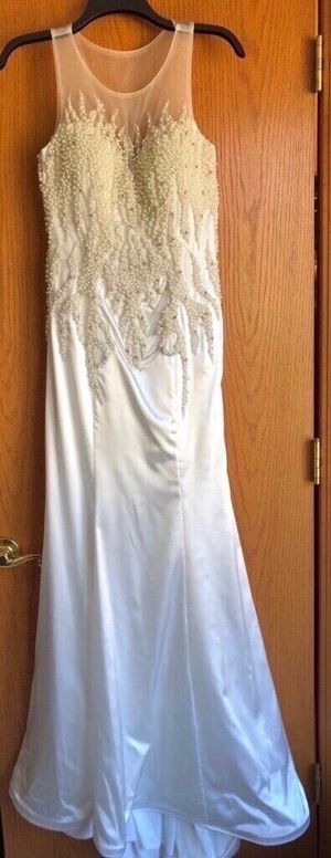 Long Evening gown dress (white) for Sale in Wixom, MI