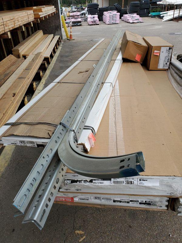 Clopay 6130 garage door 10x7'-6