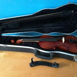 Erich Pfretzschner Violin 2012 Copy of Antonius Stradivarius for Sale in Cheshire, CT