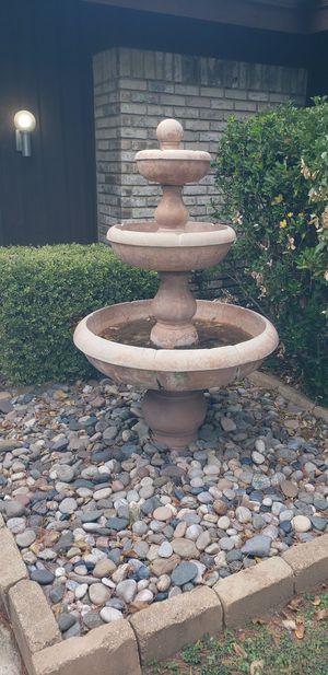 3 Tier Garden Fountain for Sale in Arlington, TX