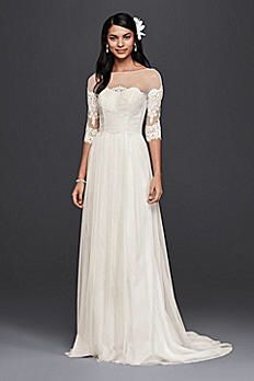David's Bridal Wedding Dress with Lace Sleeves color : White size : 6 for Sale in Orlando, FL