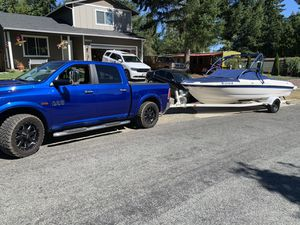 2004 Bayliner 205 with trailer recently Replaced the engine. Runs Great! for Sale in Bonney Lake, WA