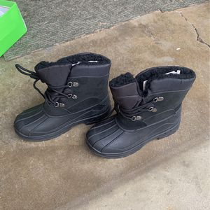 Kids Snow Boots Size 4 for Sale in City of Industry, CA
