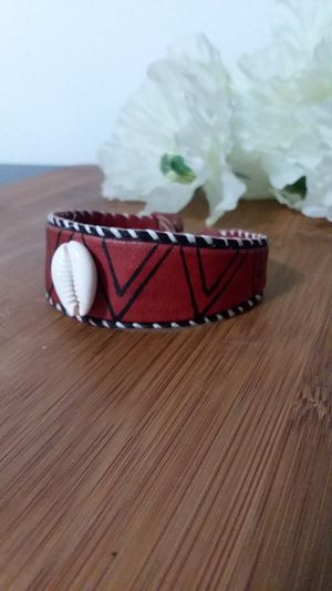 1PC Beautiful Cowrie Shell Leather Bracelet for Sale in Chicago, IL