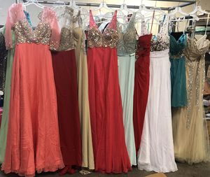 NIGHT GOWNS & PROM DRESSES CLOSE OUT SALE for Sale in Vernon, CA