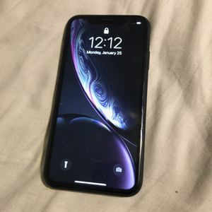iPhone XR for Sale in Denison, TX