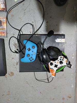Xbox One and PS3 with 20 games for Sale in Detroit, MI
