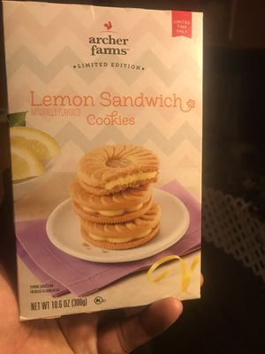 Targets Archer farm lemon sandwich cookies for Sale in Garfield Heights, OH