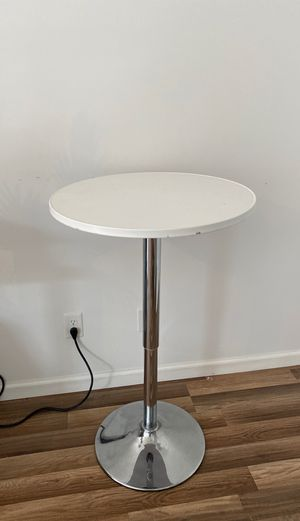 Adjustable bar cocktail table for Sale in Indian Rocks Beach, FL