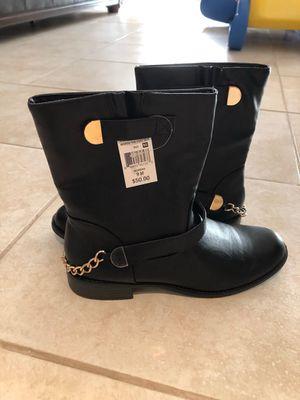 Women's boots for Sale in Wixom, MI