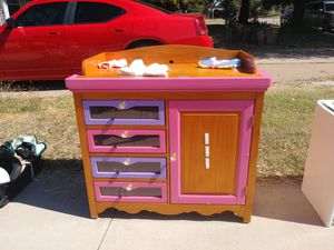 Baby changimg table/dresser for Sale in Arlington, TX