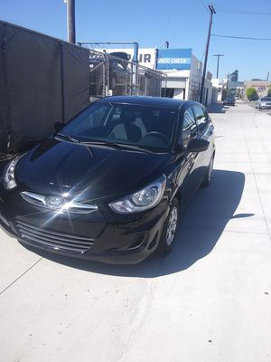 2013 hyundai accent for Sale in Lincoln Acres, CA