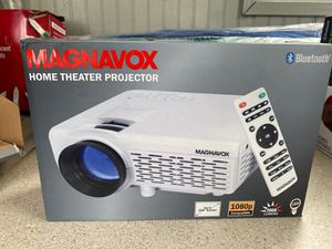 Magnavox MP601 Home Theater Projector with Bluetooth for Sale in Auburndale, FL