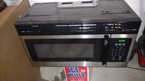 Frigidaire microwave over range for Sale in Austin, TX