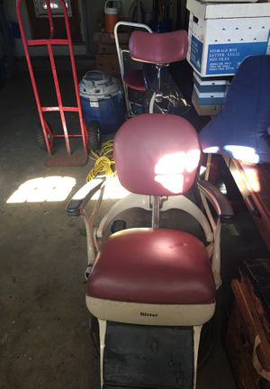 Antique surgical chair! Super cool for Sale in Lemon Grove, CA