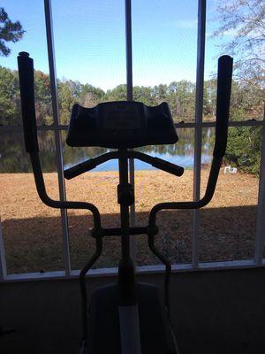 Horizon Elliptical Machine $85 for Sale in Columbia, SC