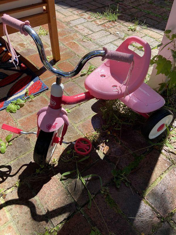 Radio Flyer toddler bike (pink)