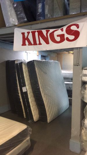 King size mattress sets available' Pillowtops for Sale in Portland, OR