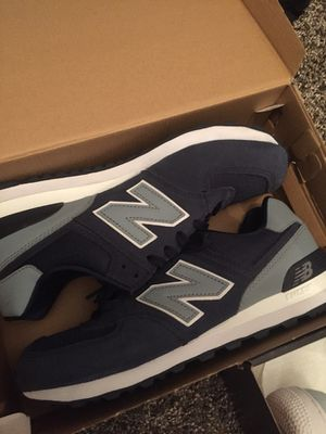 New balance 574 size 9 1/2 for Sale in Helena, GA