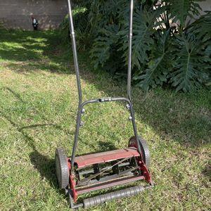 "Craftsman 16"" Push Lawnmower for Sale in Los Angeles, CA"