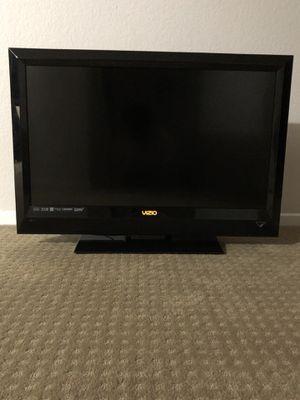 Vizio E321VL 32-Inch 720p LCD HDTV - Black for Sale in Murrieta, CA