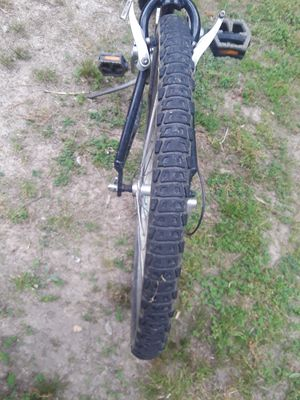 Schwinn mountain bike for Sale in Acworth, GA