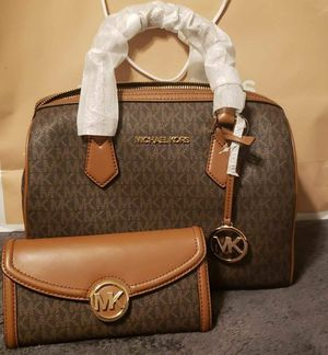 Authentic MK duffle with purse and dust bag for Sale in Walnut Creek, CA