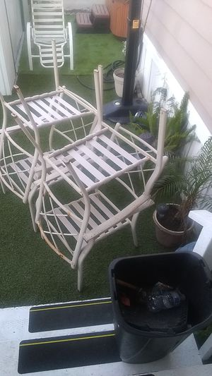 Free for chair for Sale in Rancho Santa Margarita, CA