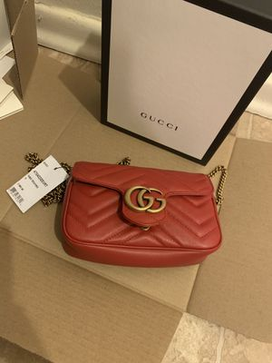 """Gucci """"GG"""" super mini marmont 2.0 Matelasse' Leather Shoulder Bag for Sale in St. Louis, MO"""