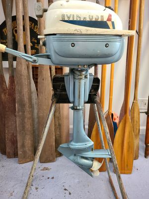 Vintage Evinrude Outboard Motor 3 hp. Lightwin with Original Stand 275.00 for Sale in Stonington, CT