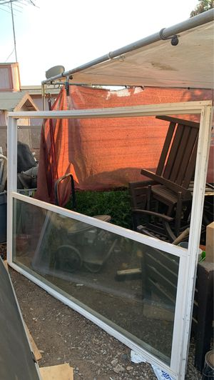 Sliding glass door with frame for Sale in Menifee, CA